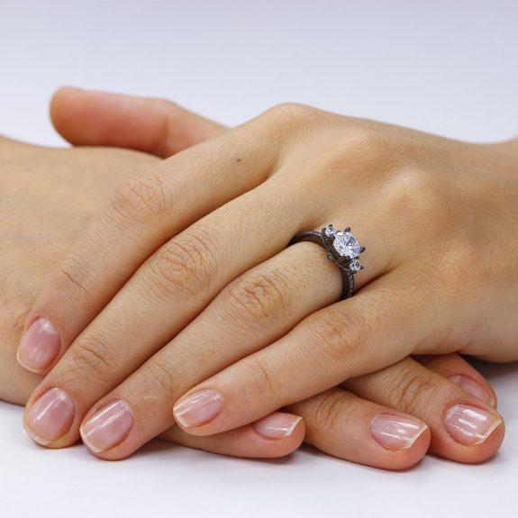 Inel de logodna argint cu 3 cristale centrale TRSR069, Corelle