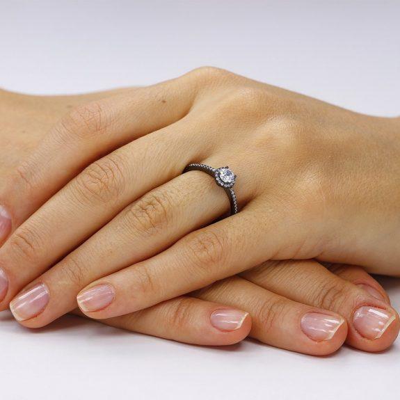 Inel argint Solitar Negru cu cristale TRSR256, Corelle